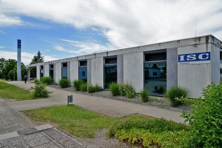 Das Gebäude des ISC Germany (International Shoe Competence Center) mit der Deutschen Schuhfachschule. (Foto: Stadtverwaltung Pirmasens/Rüdiger Buchholz)